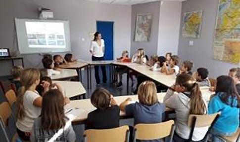 F19 Alumnado de la escuela primaria del Reptou 2